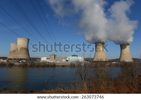 Three Mile Island Nuclear Power Generating Plant, Pennsylvania - stock photo