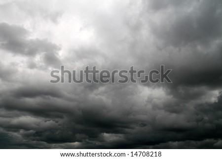 thunderstorm coming,  latin: Nimbostratus (Ns)...