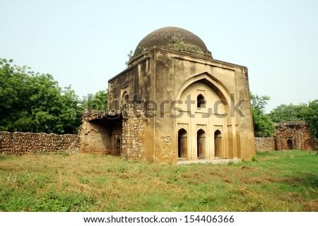 Tohfewala Gumbad Mosque, New Delhi. Tohfewala Gumbad Mosque is a monument of Siri Fort. - stock photo