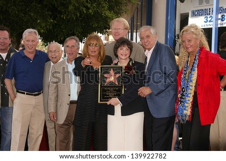 Tom Arnold, James Woods, Johnny Grant, Henry Winkler, Penny Marshall, Ed Begley Jr., Cindy Williams, Garry Marshall and Sally Kirkland  at the Hollywood Walk of Fame, Hollywood, CA 08-12-04 - stock photo