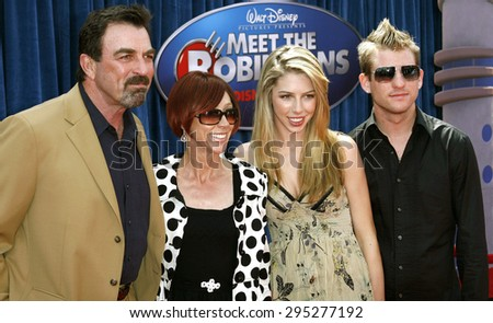 Tom selleck stock images royalty free images vectors for Hannah margaret mack selleck photo