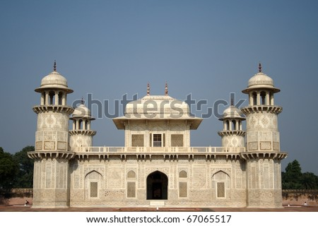 Tomb of I'tmad-ud-Daula at Agra. Tomb of Mirza Ghiyas Beg, who held the title of I'tmad-ud-Daula, and his wife Asmat Begum. Built by their daughter Nur Jahan during 1622-28. - stock photo