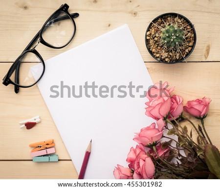 roses writing aidijuma concept