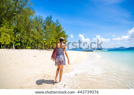 Tourist enjoying a amazing beach in Thailand