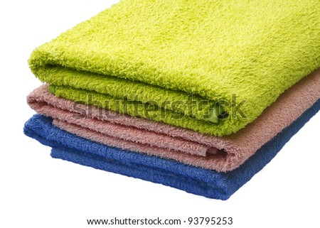 towels: blue, pink, green