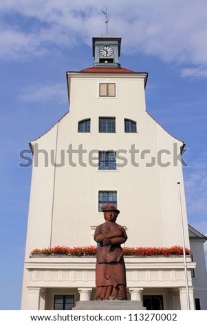 Town hall with Sabinchen fountain - stock photo