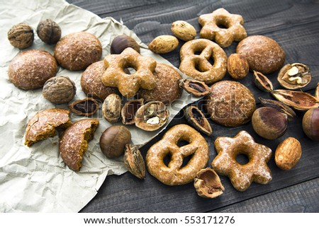 Traditional gingerbread cookies and bagel