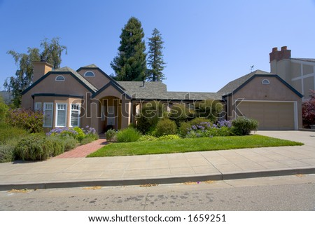 Traditional Ranch Style Home Stock Photo 1659251 Shutterstock - Traditional Ranch Style Homes