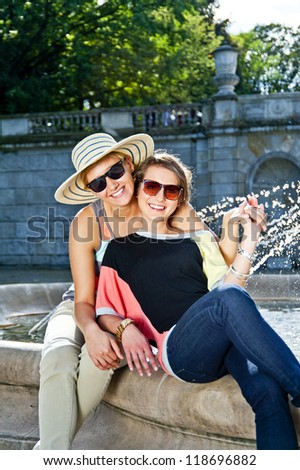Travel two woman and side seeing fountain
