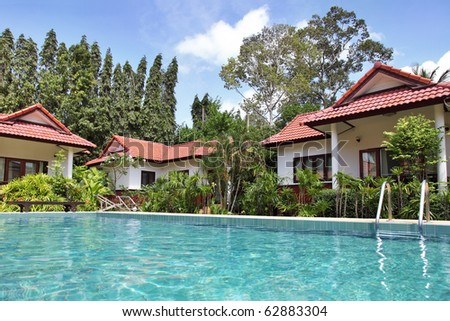 Tropical Houses With Beautiful Garden And Pool