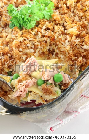 Tuna bake casserole, perfect meal for the busy family that can be ready in less than forty minutes