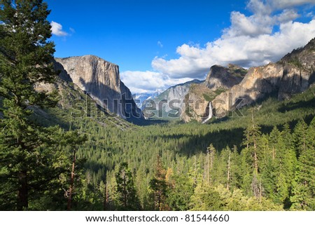 Tunnel view, Yosemite National Park - stock photo