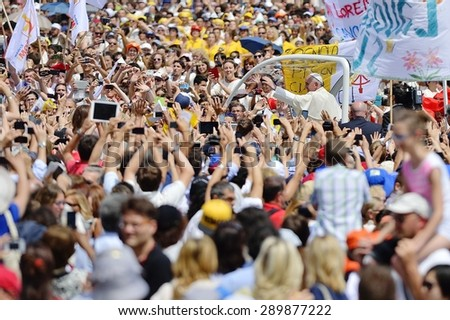 TURIN, ITALY - JUNE 21, 2015: Holy Father Pope Francesco Bergoglio visit Turin for the holy Shroud exhibition and the city cheers him with a joyful crowd in Vittorio Place.  - stock photo