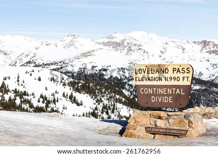 Typical weekend at Loveland pass on late Winter day. - stock photo