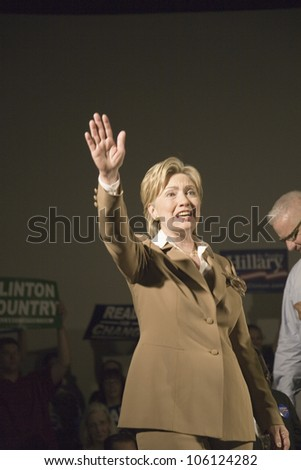 U.S. Senator, Former First Lady and Presidential Candidate, Hillary Clinton, waving to crowd at rally following Iowa Democratic Presidential Debate, Drake University, Des Moines, Iowa, August 19, 2007 - stock photo