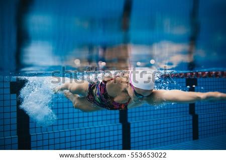 Underwater Shot Young Female Swimmer Swimming Stock Photo 513650971 Shutterstock