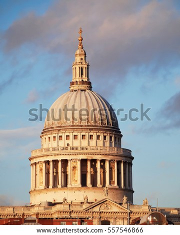 United Kingdom, London, St Paul's cathedral dome