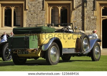 UNITED KINGDOM - SEPTEMBER 13: A classic Rolls Royce on display at the United Kingdom Concours d'elegance Classic Car Expo at Windsor Castle on September 13, 2012 in Windsor, United Kingdom. - stock photo