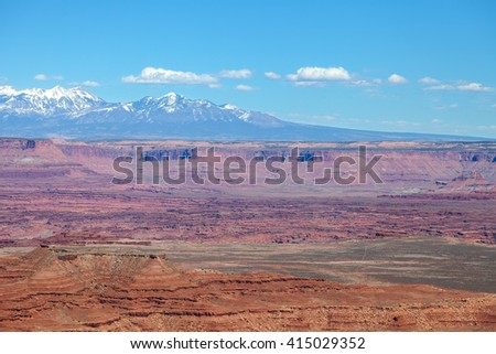Utah-Canyonlands National Park-Island in the Sky District. This image was captured along the spectacular Grandview Trail. The White Rim area and Monument Canyon are approximately 1000 feet below.  - stock photo