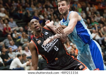 VALENCIA, SPAIN - SEPTEMBER 25th: (L) Will, (R) Dylan during match between Valencia Basket and Estudiantes at Fonteta Stadium on September 25, 2016 in Valencia, Spain