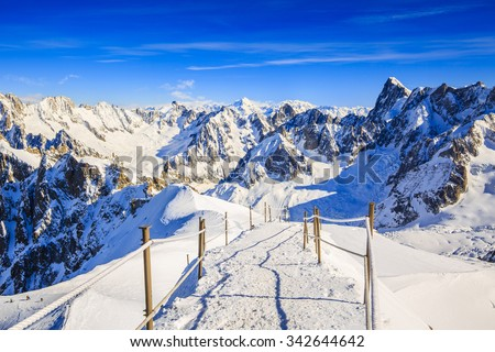 Valle Blanche starting point from the Aiguille du Midi, Mont Blanc, Chamonix - stock photo