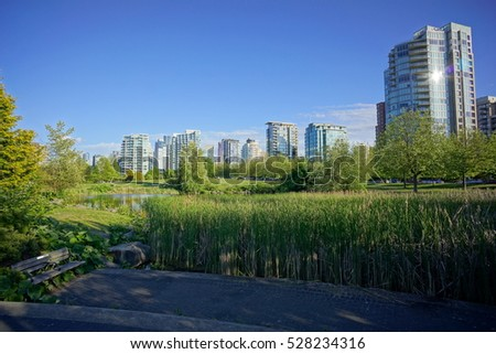 vancouver skyline by day