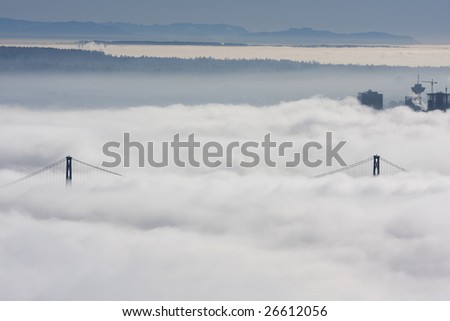 Vancouver under blankiet of heavy fog