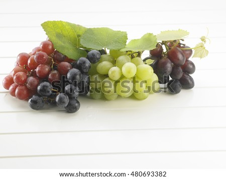 variety of grape in a crate