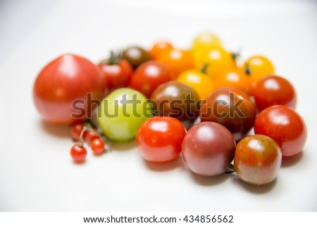 Various color of tomatoes