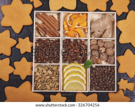 Various spices  and gingerbread
