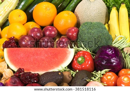 Various tropical fruits and vegetables for healthy