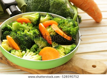 Vegetable side dish of carrots and green broccoli