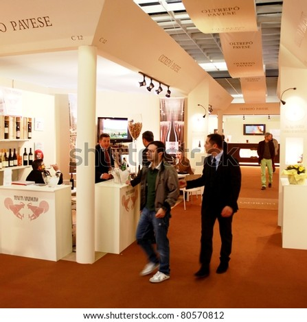 VERONA - APRIL 08: People visit wine production regional and national pavilions at Vinitaly, international wine and spirits exhibition April 08, 2010 in Verona, Italy.