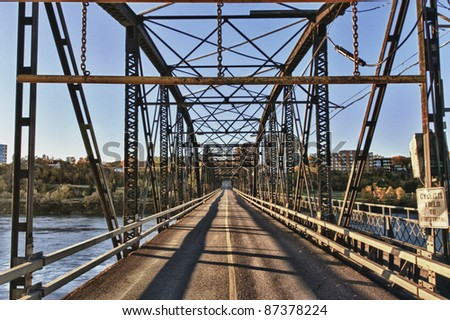 Victoria Bridge over the South Saskatchewan River in the city of Saskatoon, Canada