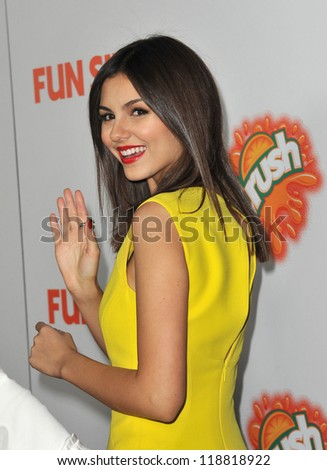 """Victoria Justice at the Los Angeles premiere of her new movie """"Fun Size"""" at the Paramount Theatre, Hollywood. October 25, 2012  Los Angeles, CA Picture: Paul Smith - stock photo"""
