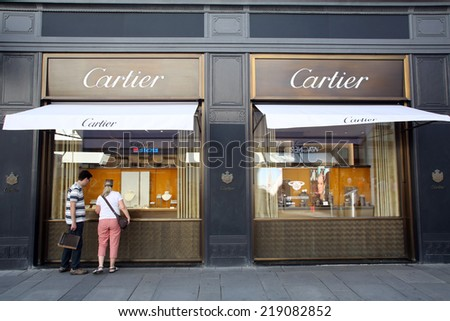 VIENNA, AUSTRIA - AUG 2, 2014: The exterior of Cartier jewelers in Vienna, Austria, on August 2, 2014.