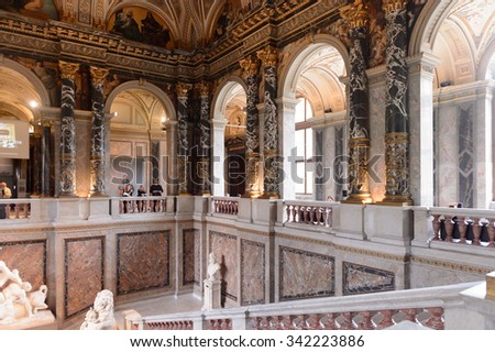 VIENNA, AUSTRIA - NOV 17, 2015: Main hall of the Kunsthistorisches Museum (Museum of Art History). It was open in 1891