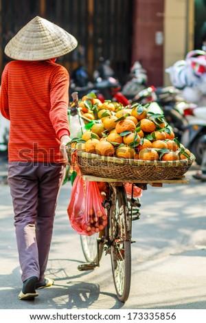 vietnam street market lady seller
