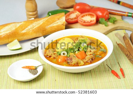 Vietnamese curry with bread