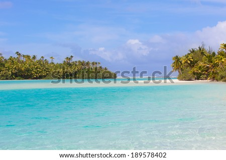 view of gorgeous picture perfect island, one foot island at aitutaki lagoon, cook islands - stock photo