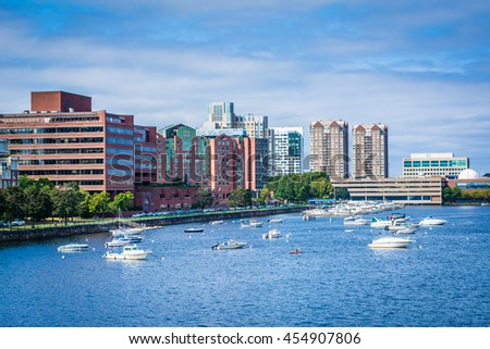View of the boats in the Charles River buildings in Cambridge from the Longfellow Bridge, in Boston, Massachusetts. - stock photo