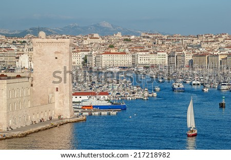 """View of the historic harbor """"Vieux Port"""" of Marseille in South France - stock photo"""