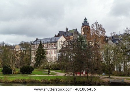 view of Wetzlar old town with cathedral, Germany