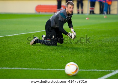 VILLARREAL, SPAIN - 28 APR: Simon Mignolet plays at the Europa League semifinal match between Villarreal CF and Liverpool FC at the El Madrigal Stadium on April 28, 2016 in Villarreal, Spain.