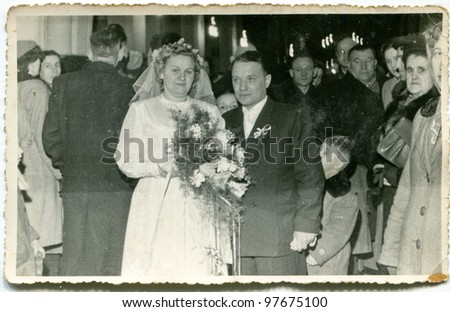 Vintage photo of newlyweds (fifties) - stock photo