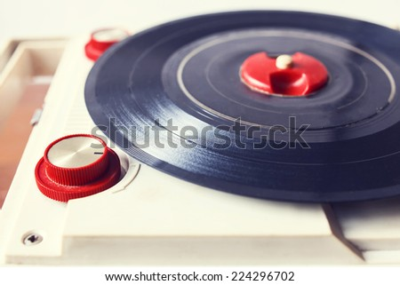vintage record player retro style
