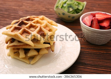 waffle and berry fruit