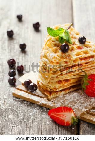 Waffles with mint, blackberry and strawberry