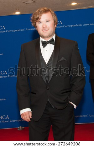 WASHINGTON APRIL 25 â?? Haley Joel Osment arrives at the White House Correspondentsâ?? Association Dinner April 25, 2015 in Washington, DC  - stock photo