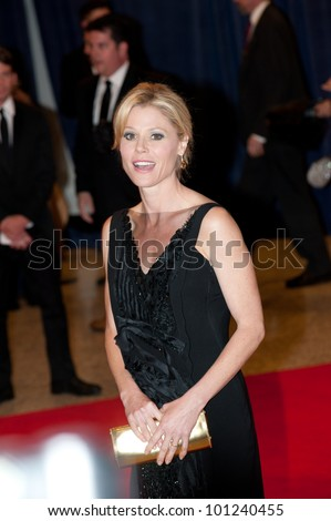 WASHINGTON � APRIL 28: Julie Bowen arrives at the White House Correspondents Dinner April 28, 2012 in Washington, D.C.